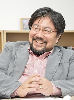 鈴木先生写真a.jpg